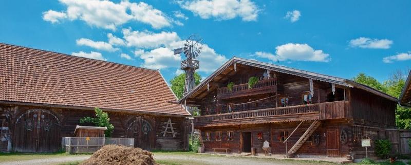 Im Freilichtmuseum in Massing kann man erleben, wie die Rottaler früher gelebt haben.
