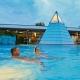 Dampfpyramide im Thermensee in der Saunwelt des Vitariums der Rottal Terme
