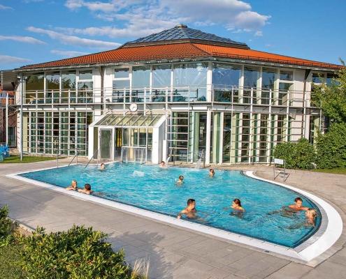 Ausschwimmbecken im Therapiebad der Rottal Terme