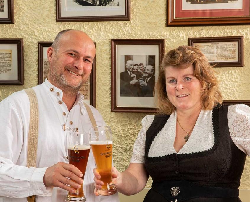 Günther und Lisa Putz, die Wirte im Gasthof Alter Weißbräu