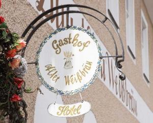 Ausleger-Schild: Gasthof & Hotel Alter Weißbräu